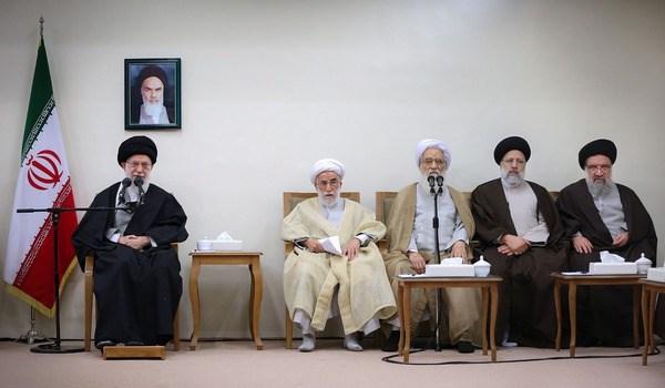 پنج خاطره شنیدنی رهبر انقلاب از امام خمینی (ره)