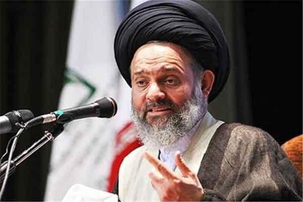 آیت الله حسینی بوشهری:تبدیل کارخانه ها به برج فاجعه است