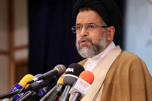 وزیر اطلاعات با مراجع عظام تقلید در قم دیدار کرد