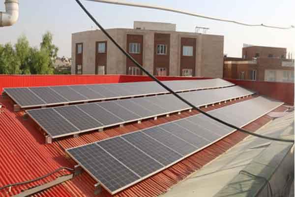 راه اندازی نیروگاه خورشیدی خانگی در قم