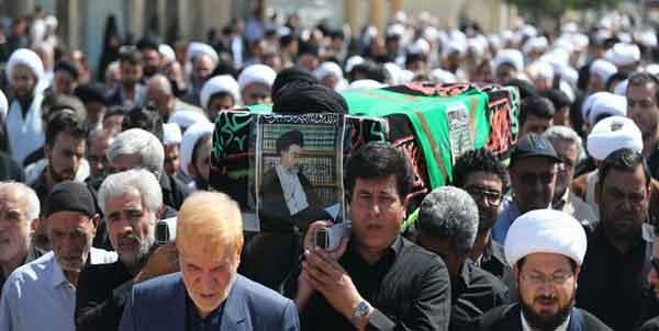 پیکر حجت الاسلام والمسلمین حائری در قم تشییع شد