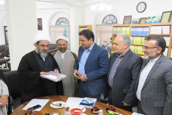 آیت الله فاضل لنکرانی 5 باب مدرسه در استان خوزستان می سازد