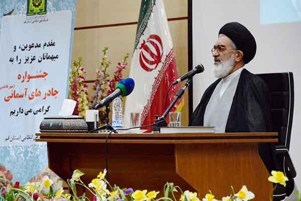 دشمن با راه اندازی جنگ فرهنگی حجاب و عفاف را نشانه گرفته است