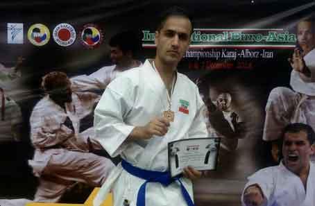 رادیولوژیست قمی قهرمان کاراته