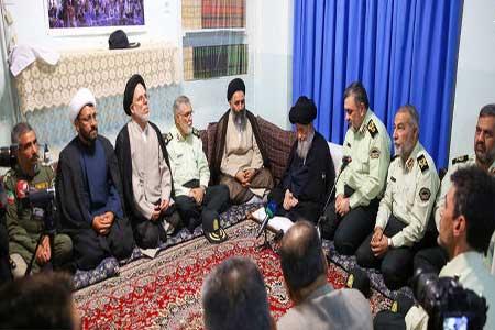 سردار اشتری در دیدار با مراجع :نیروی انتظامی هوشمند میشود