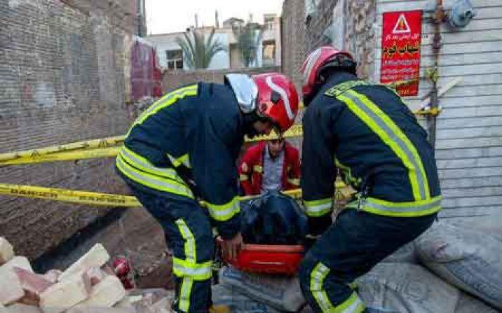 یک کارگر در تخریب دیوار گودبرداری شده در قم جان باخت