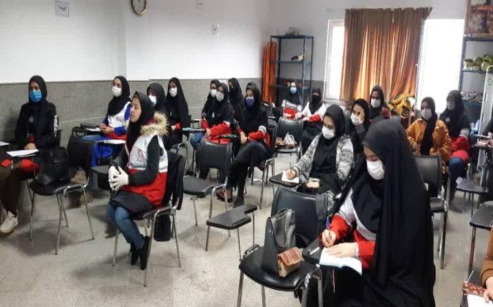 برگزاری دوره توان افزایی اسکان اضطراری و اردوگاه موقت ویژه بانوان امدادگر